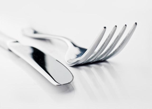 ustensiles de cuisine en metal