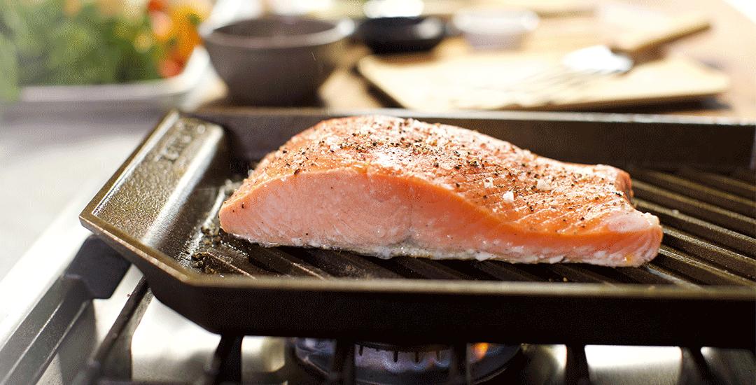 saumon plaque grill fonte finex